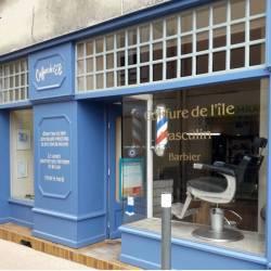 Lettres peintes salon de coiffure après